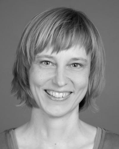 Bettina Röhricht, Deutsch, Englisch, Portugiesisch