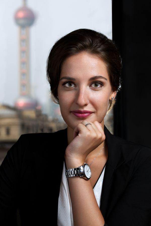 Rebecca Rosenthal, Deutsch, Englisch, Chinesisch