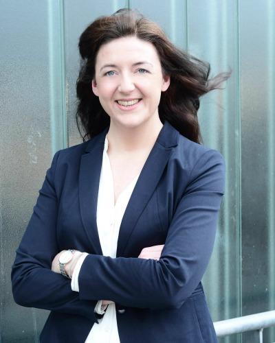Katharina Hauptmann, Deutsch, Englisch, Französisch